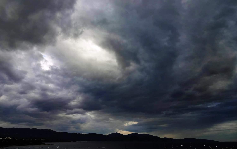Les nuages dans le Ciel