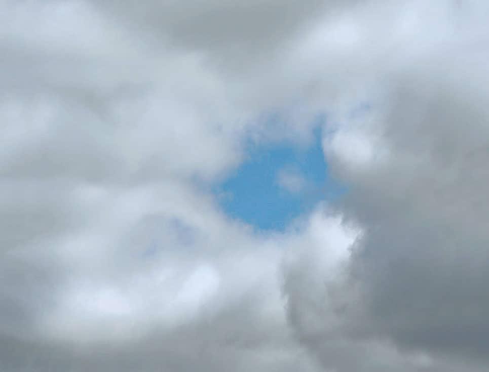 Un bout de ciel dit tout le ciel